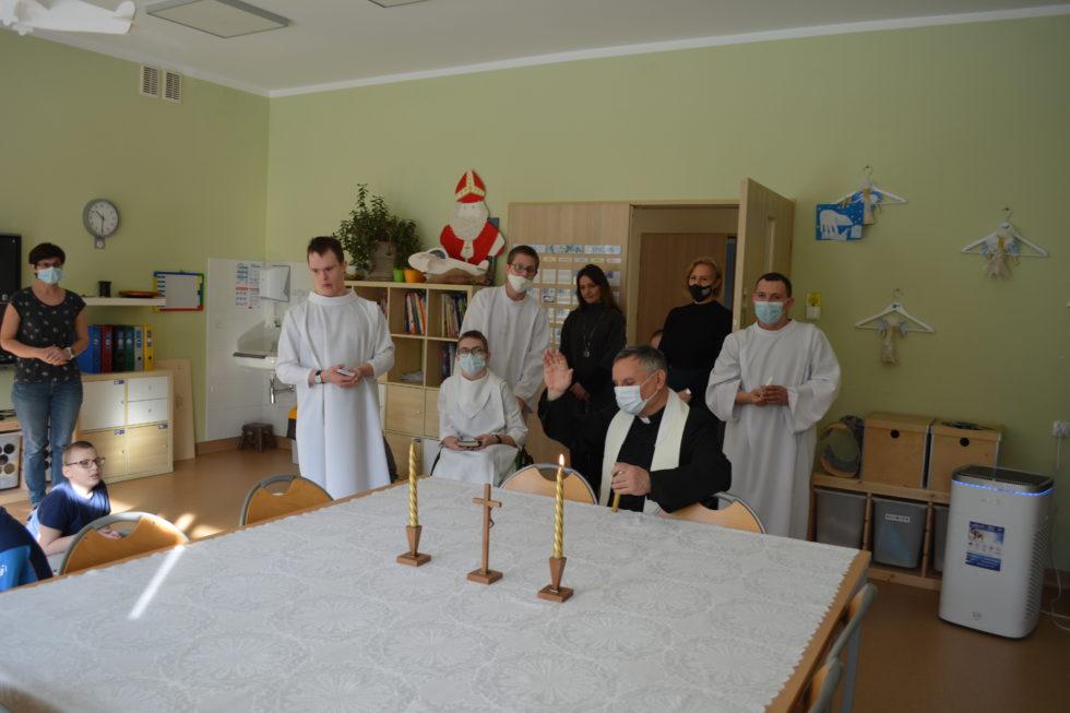 Modlitwa w sali